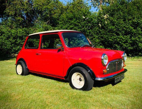 Classic-Mini-ridein-retro-classic-car-hire-fareham-1