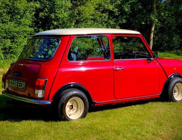 Classic-Mini-ridein-retro-classic-car-hire-fareham-5